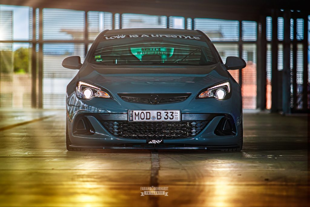 Carporn.Photos by Fabian Ehrhardt